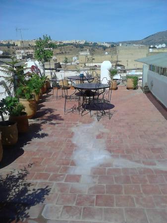 Riad al akhawaine: Roof terrace