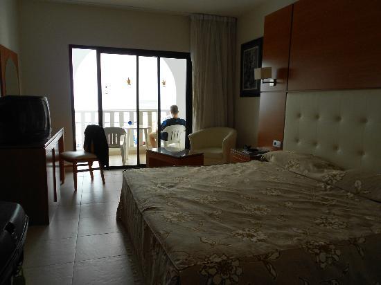 Guayarmina Princess Hotel: Room