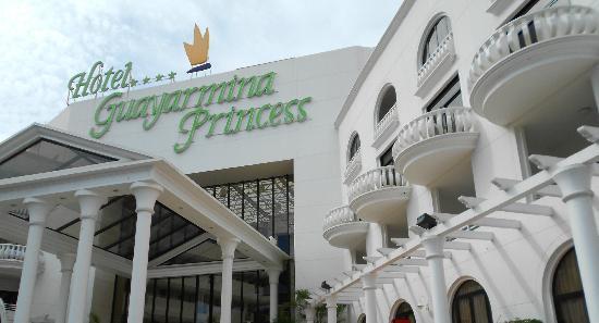 Guayarmina Princess Hotel: Front of hotel