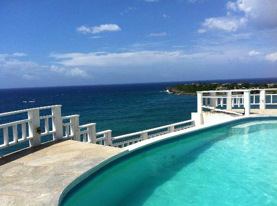 Pedro's Point Villa: View from the pool