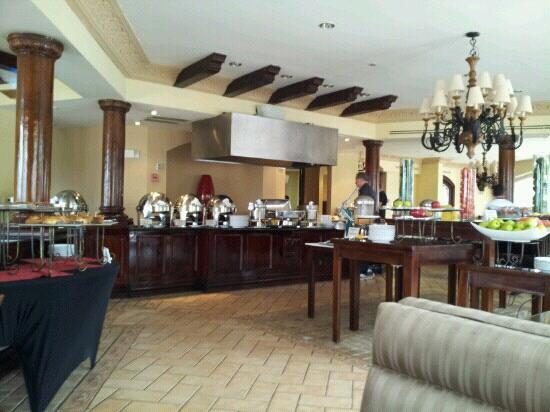 Clarion Hotel Real Tegucigalpa: desayunando en el clarín Tegucigalpa