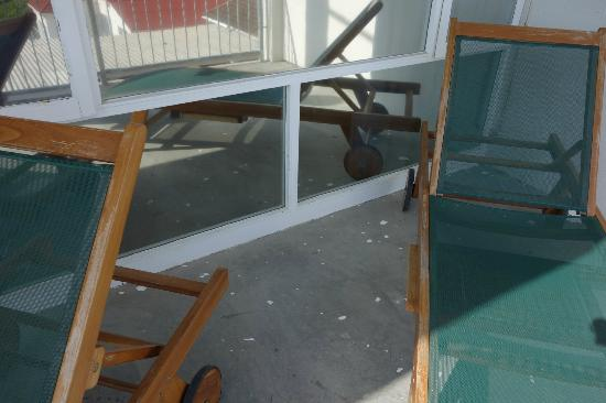 "Hermanus Beach Villa: luxefortwo.eu: Balkon der ""Bayview-Suite"""