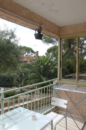 Hotel les Amandiers : terrazza