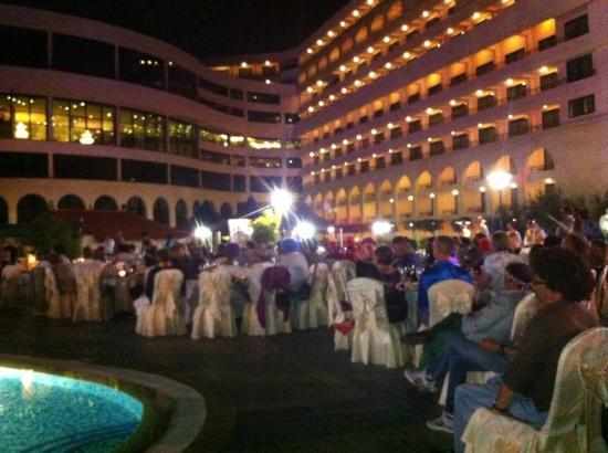 Excelsior Grand Hotel: Vista notturna
