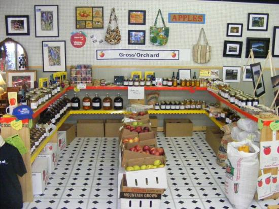 Bedford Country Store: Gross' orchard jams and jellies
