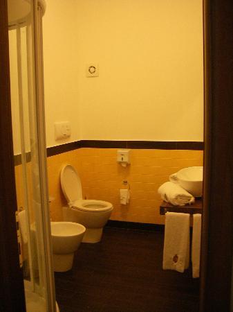 Hotel Medici : Blick ins Bad