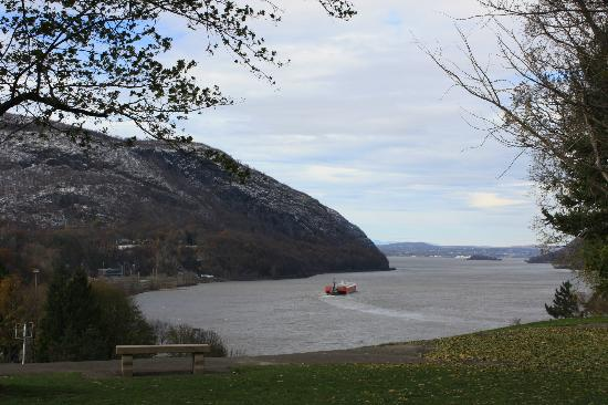 United States Military Academy Visitor Center: View of The Hudson
