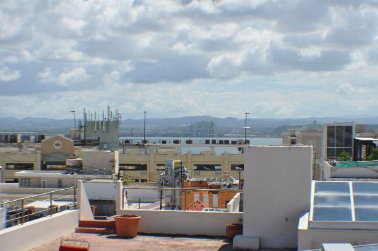 داهاوس هوتل: da roof top 