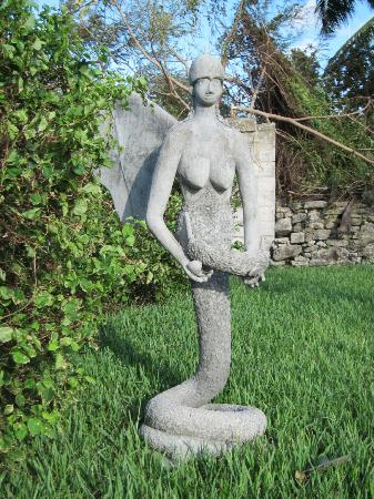 The National Art Gallery of The Bahamas: sculpture on the grounds