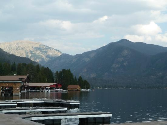 Western Riviera Lakeside Lodging & Events: view across the lake!