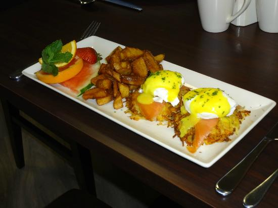 Fredericton, Canada: Brunch at the Wolastoq