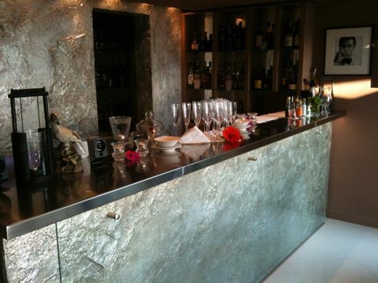 Baglioni Hotel Cala del Porto : fantastico il bar