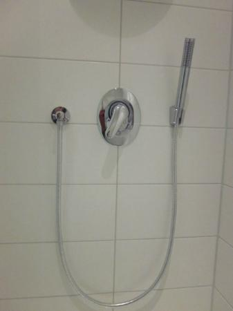 Hotel Arena Inn: an alternative to the big shower head