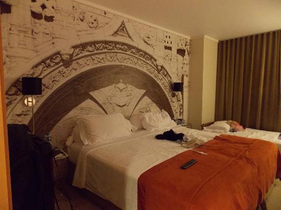 Marques De Pombal Hotel: chambre supérieure minimum pour 2 adultes et 1 enfant