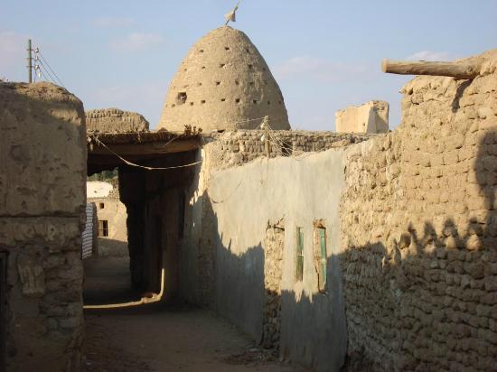 Old Bawiti: Marabut im Ksar