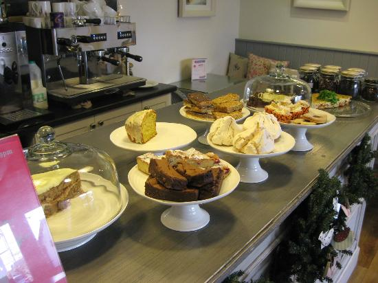 Armstrong Ward: Range of good cakes