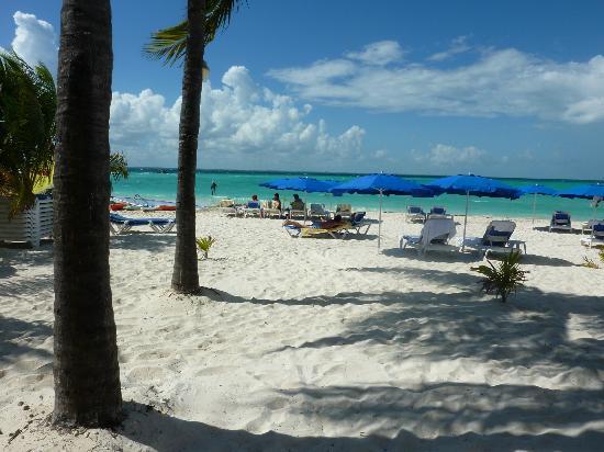 Nautibeach Condos: Relaxation