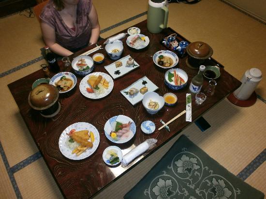 Nakayasu Ryokan: Delicious Kaga cuisine
