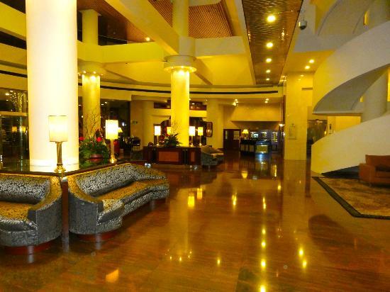 Golden Flower Hotel, Xi'an: Lobby