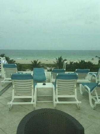 Suites at Congress Ocean Drive: view from pool