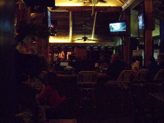 Pinchers: Tiki bar at night