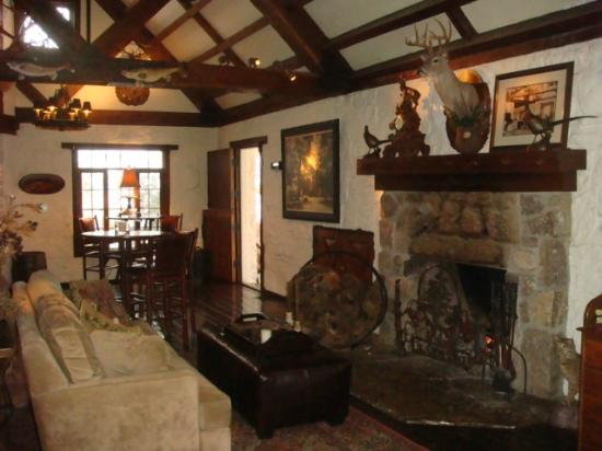 Big Cedar Lodge: hotel lobby