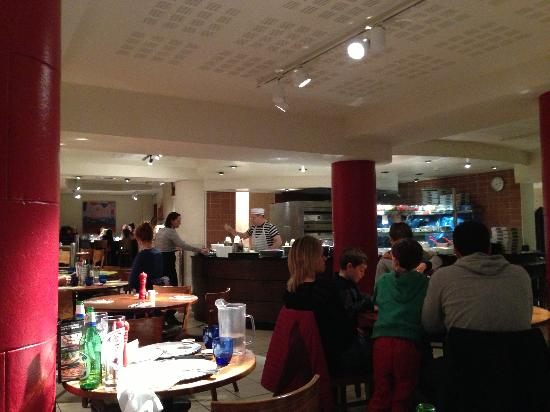 Pizza Express: Enjoying the ambience