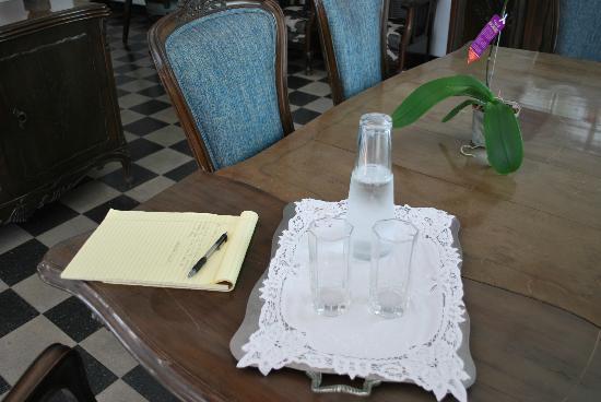 Casa Estudio Su Casa Colombia: De l'eau fraîche m'attendais après mon jogging.