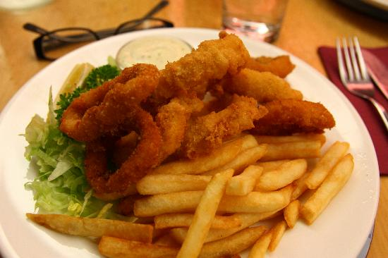 Fishermans Table Restaurant & Bar : calamari
