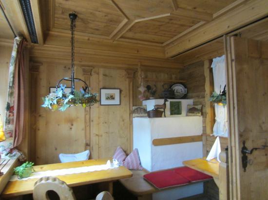 Romantik Hotel & Restaurant Hirsch: Dorfstube