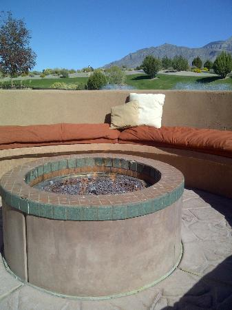 Sandia Casino & Resort: Sandia Resort Pool are and fire Pit