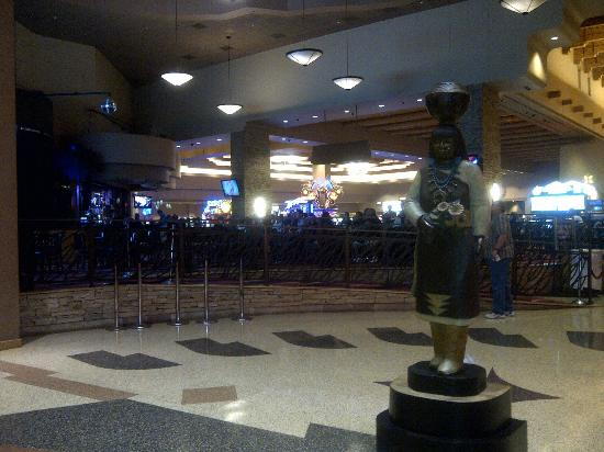 Sandia Casino & Resort: Sandia Resort Lobby
