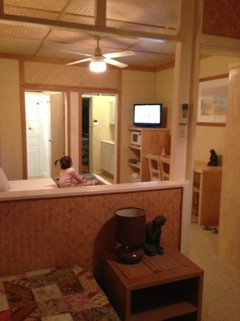 Tallow Beach Motel: Room from back