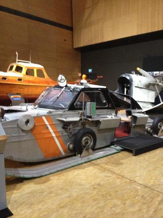 Maritime Centre Vellamo: Hovercraft