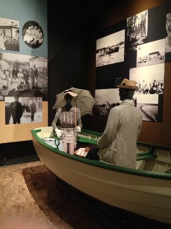 Maritime Centre Vellamo: Period dress