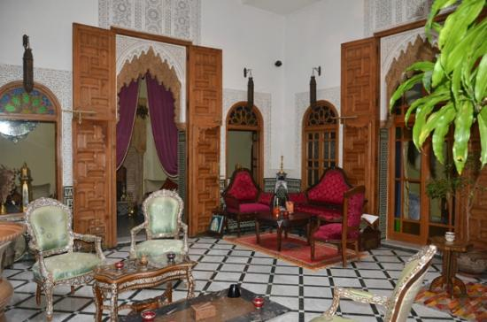 Riad Dar El Kebira: hotel ground