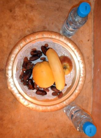 Riad Dar El Kebira: complementary food plate
