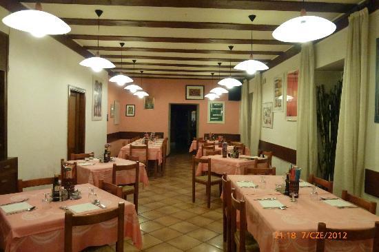 """Hotel Tomei : hotel """"Tomei"""" Vattaro, restauracja"""