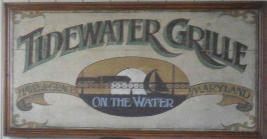 Tidewater Grille : On The Water