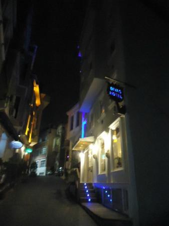 Diva's Hotel: Frente del hotel