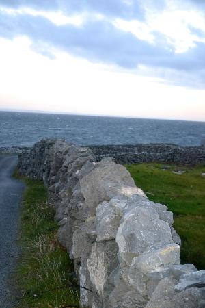 South Aran House: Walking from the B&B toward the water