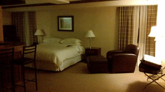 Sheraton Parkway Toronto North: Room