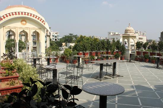 Krishna Palace: Rooftop restaurant, and view from our room
