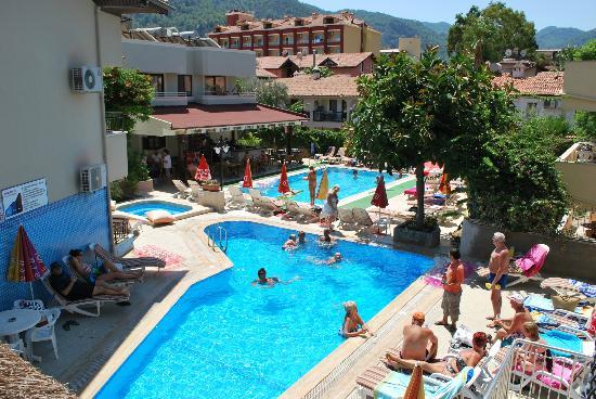 Ida Hotel: ida/bonjour pools