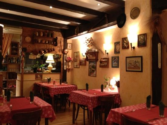 Chez Michanne: interior