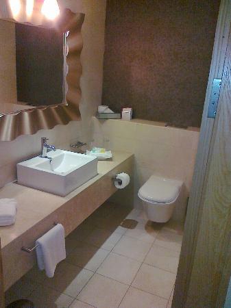 Hotel Kilkenny: Bathroom