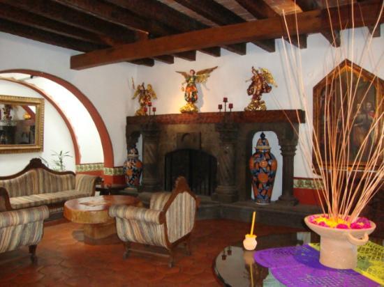 Mision San Gil: Foyer