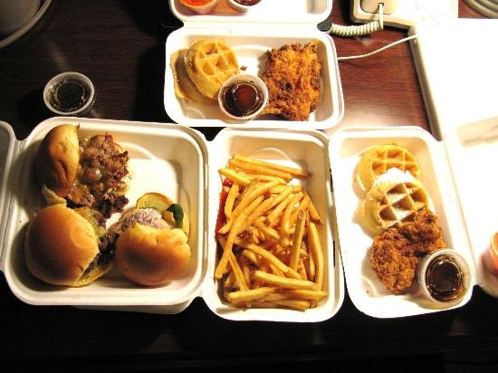 Billy Jack's Wing & Draft House: Food to go