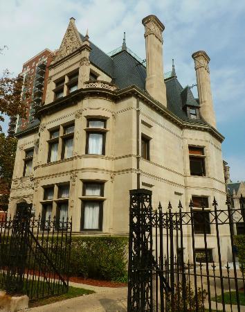Prairie Avenue Historic District: William W. Kimball House, 1801 S. Prairie, Solon S. Beman, 1890-1892