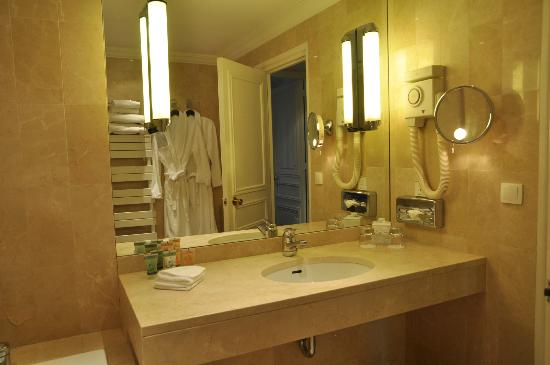 Hotel Le Royal Lyon - MGallery Collection: bathroom